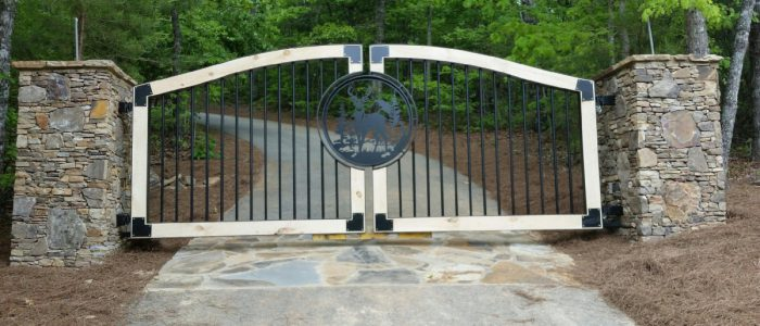 CUSTOM BUILT Aluminum, Steel, and Wooden Gates